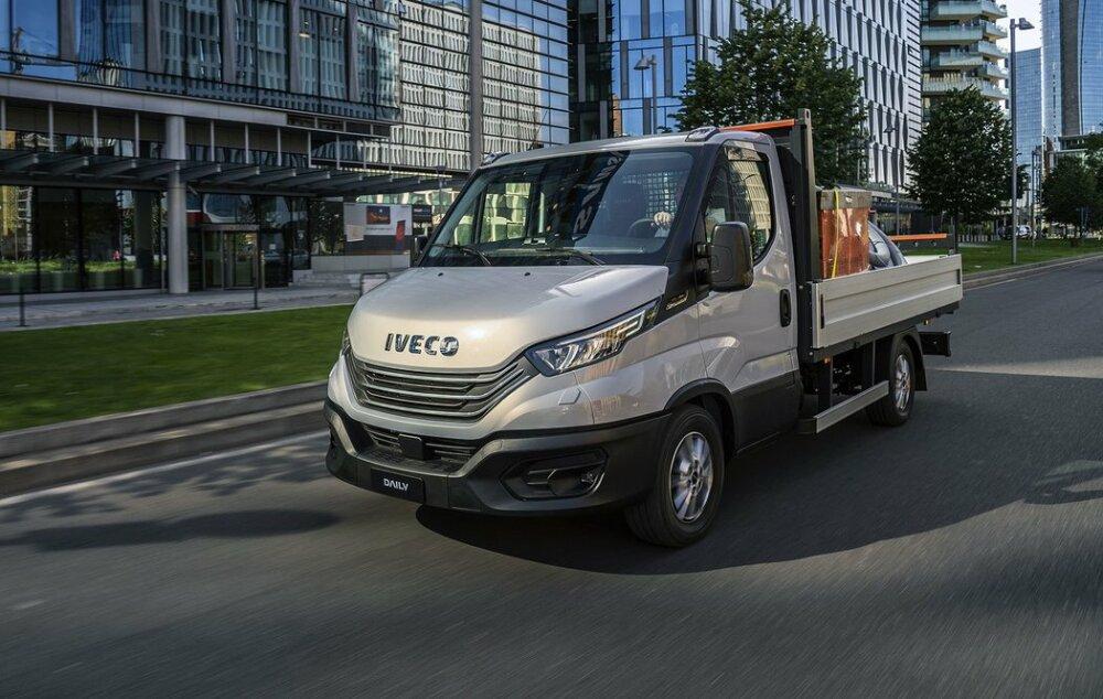 IVECO Daily 35S16 nový model 2022 valníková nástavba