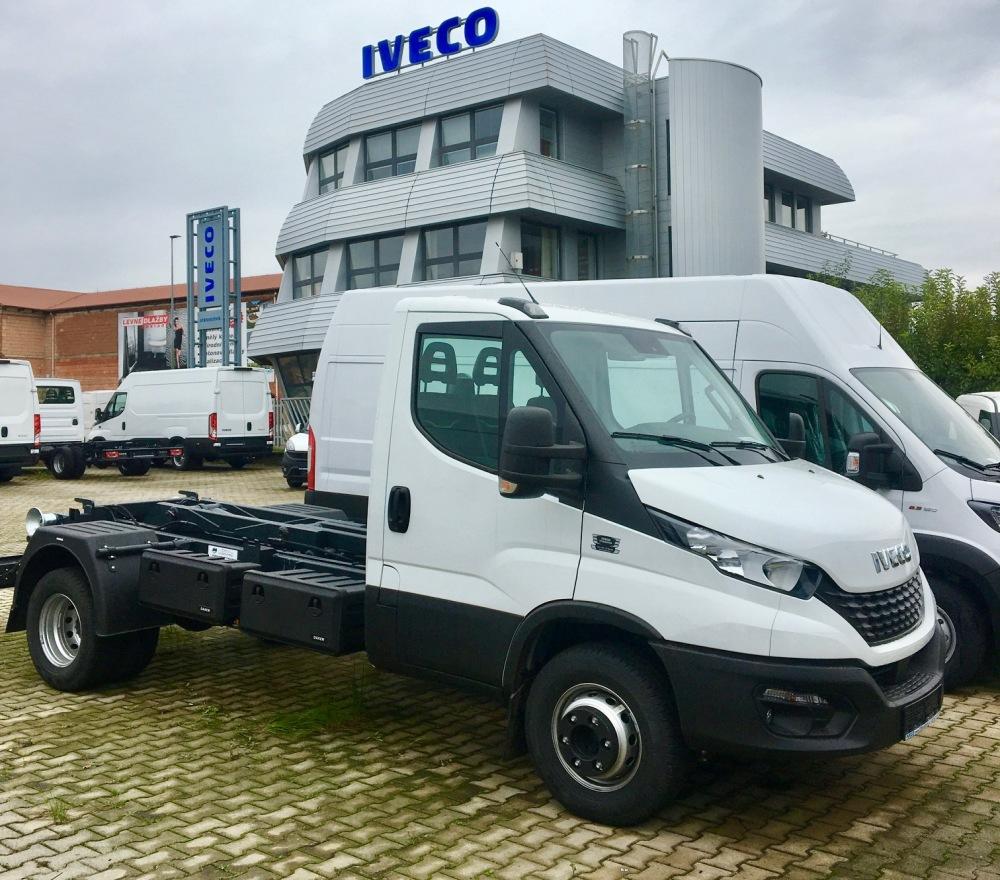 IVECO Daily 70C18 nový model 2022 pro nosič kontejnerů